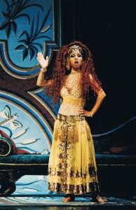 Marianne Bindig as Tisbe in Ferretti's La Cenerentola